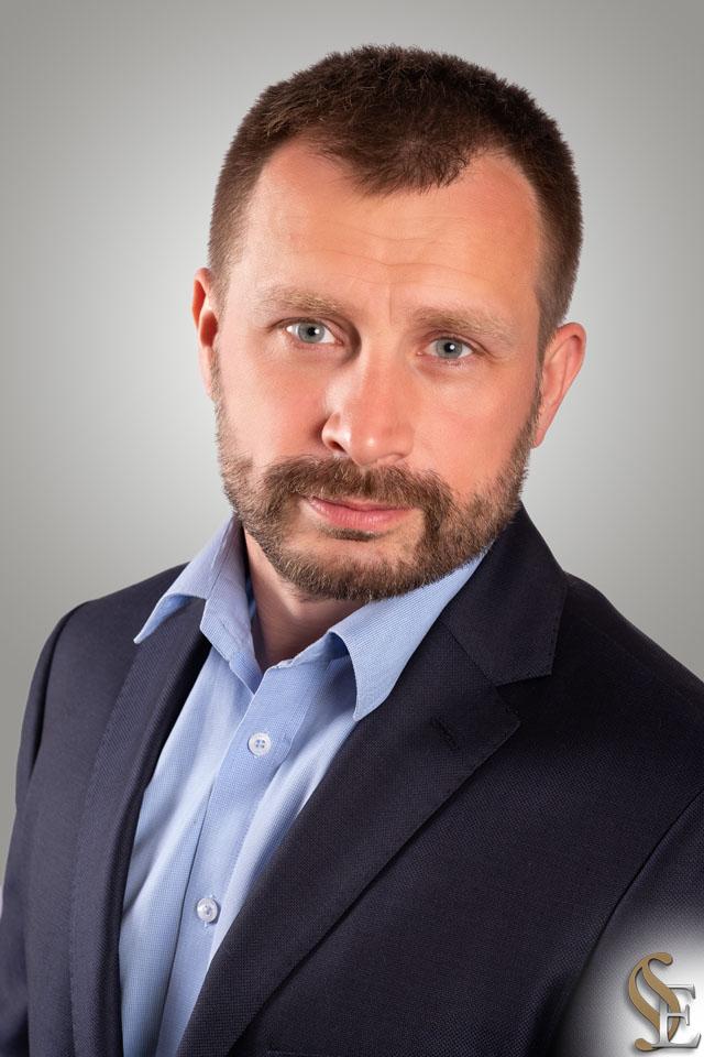 Marek Mikosza Kancelaria Prawna i Patentowa Efficis - radca prawny adwokat rzecznik patentowy Wieliczka Krakow Małopolska
